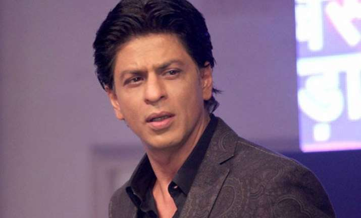 shah rukh s father in law passes away. here are the pics of