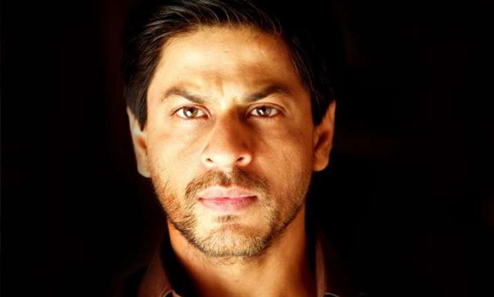 neither 17 year old nor 17 stars srk clears the air