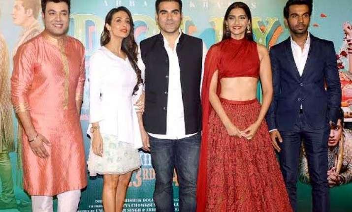 dolly ki doli trailer unveiled on arbaaz malaika s