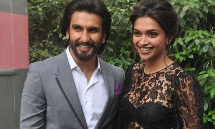 ranveer on deepika she is sexy as hell see pics