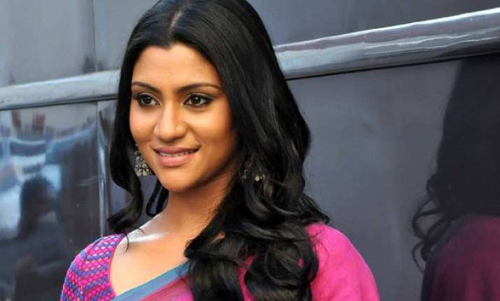nayantara s necklace out of my comfort zone konkona sen
