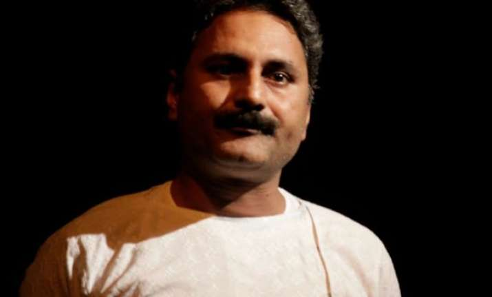 court reserves order on peepli live director mahmood