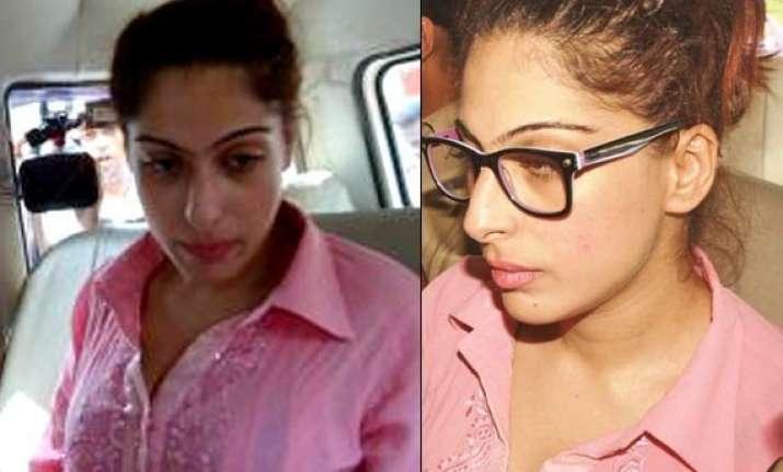 model preeti bhatia arrested by cbi in chit fund scam