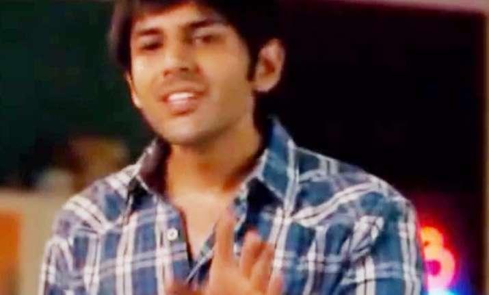10 funniest dialogues from pyaar ka punchnama