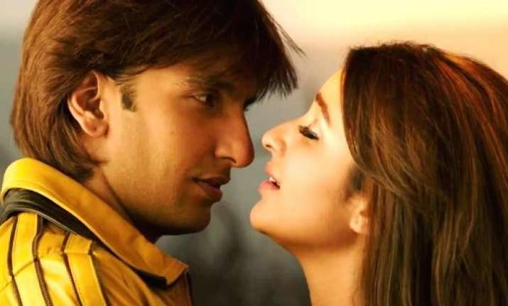 Kill dil movie song download.