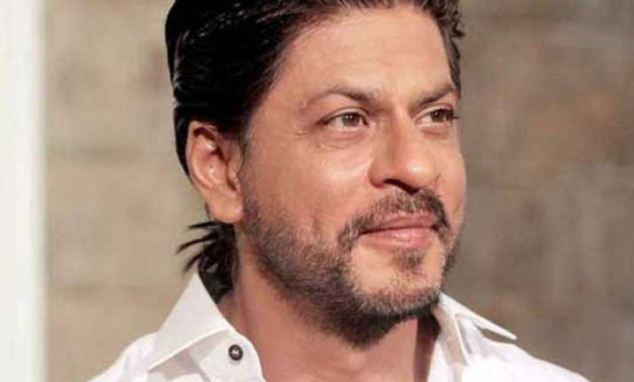 shah rukh khan hopes to impress kids with fan