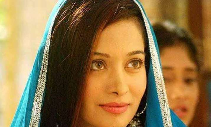 preetika rao rubbishes reports over her relationship with