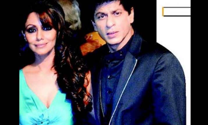 srk s father in law hospitalized