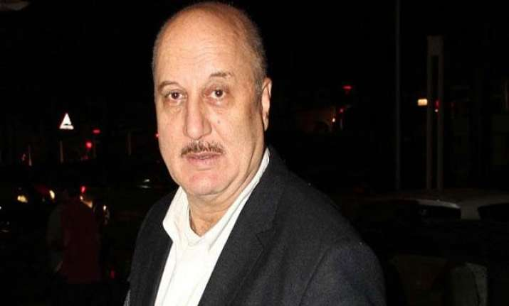 anupam kher holidays after 30 years off to my kashmir