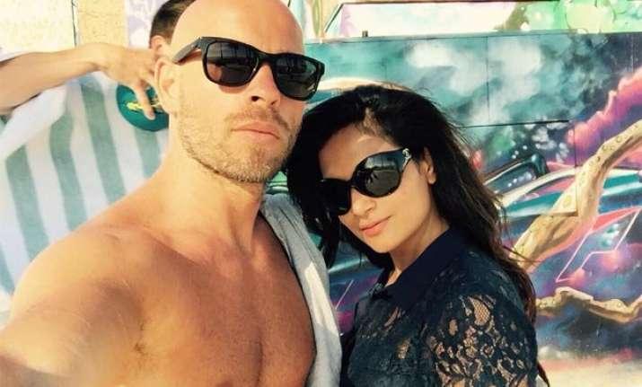 richa chadda spotted with her french boyfriend in la