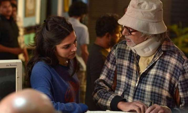 piku will take you to the drawing room of a family shoojit
