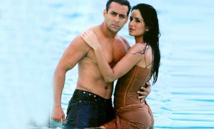 it s official salman katrina have called it quits