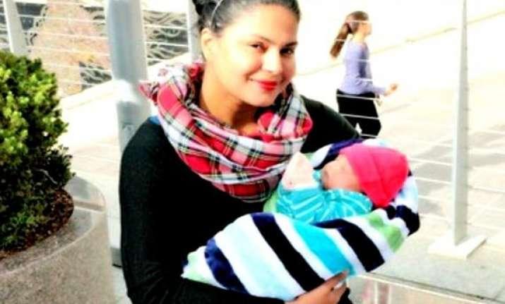 veena malik releases son abram s pictures