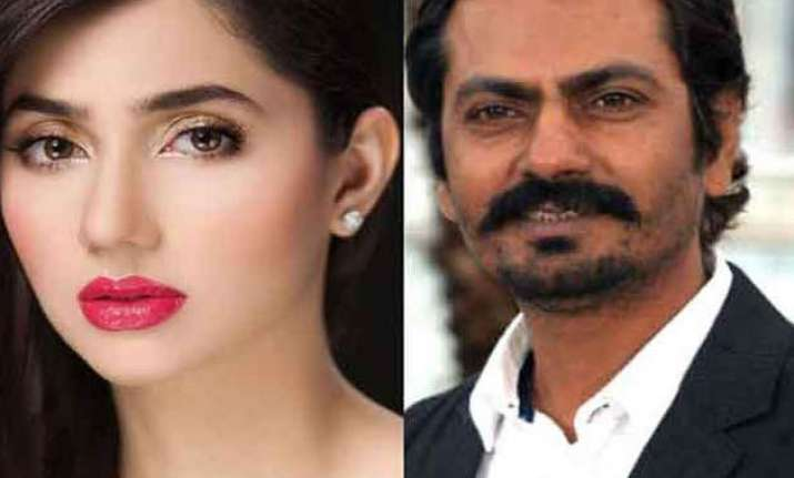 raees director mocks rumours about mahira s sex scene with