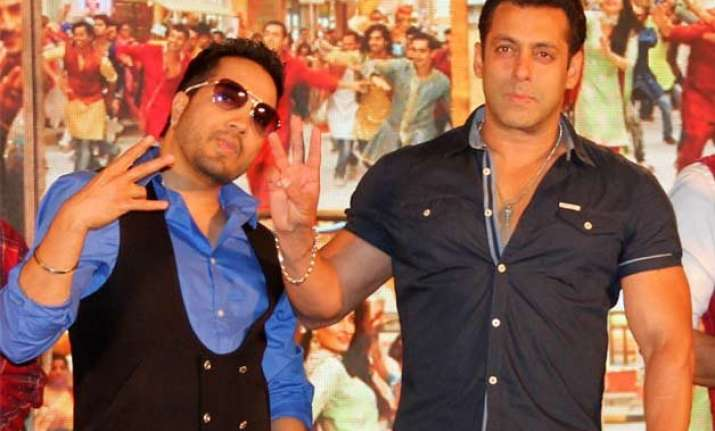 did mika steal song from salman khan
