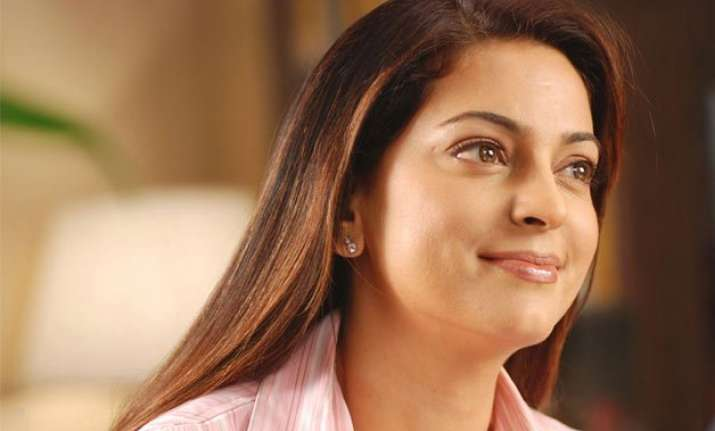 juhi chawla might get back to tv industry soon