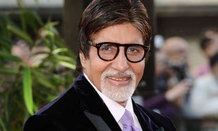 i do not intimidate young actors says amitabh bachchan