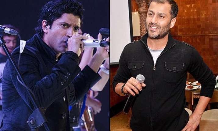 farhan akhtar vs abhishek kapoor the actor maintains