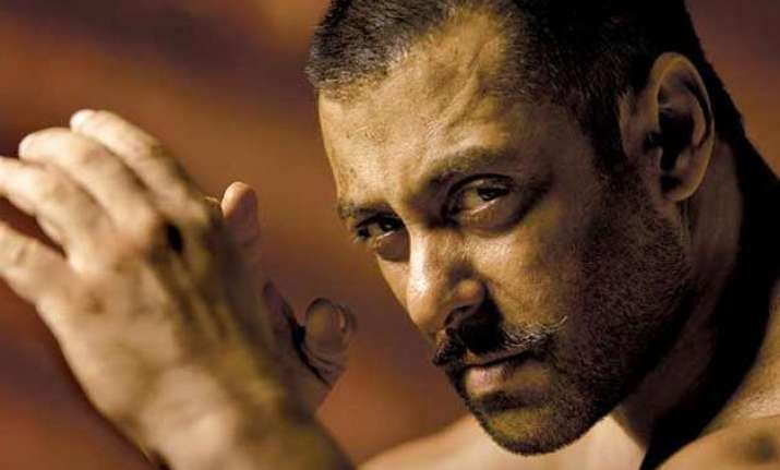 salman khan s sultan rocked by delhi earthquake