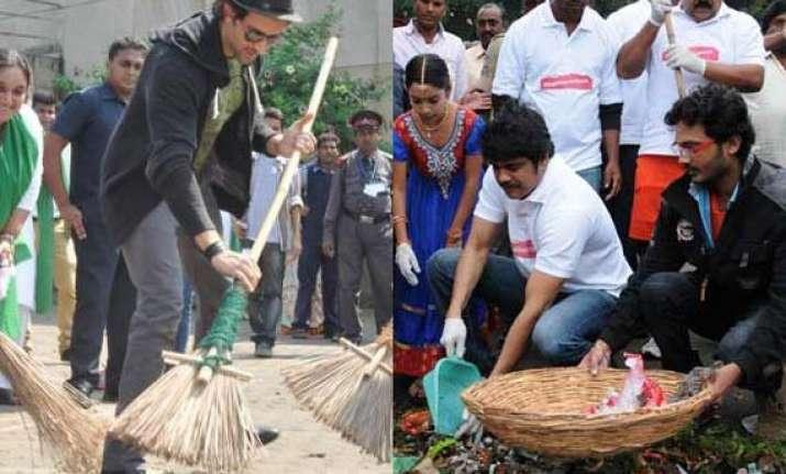narendra modi lauds hrithik nagarjuna over clean india drive