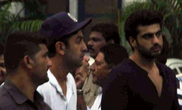 bollywood pays tribute to ravi chopra