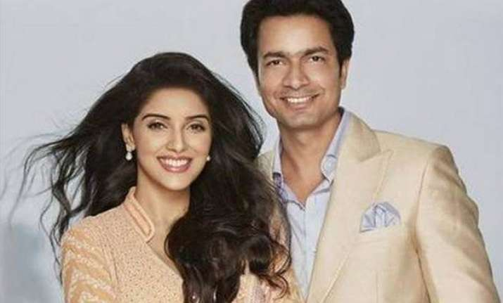 happy birthday asin know her fairy tale love story with