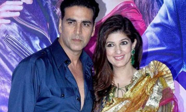 here s why akshay kumar doesn t want twinkle to attend his