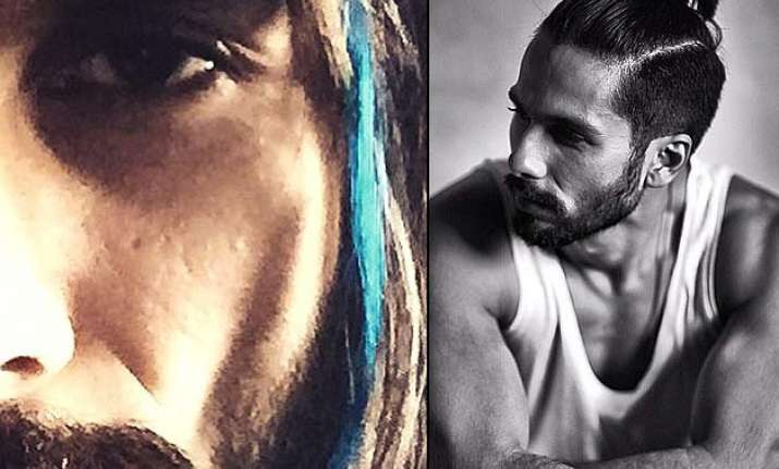shahid kapoor s quirky new act gets a blue streak for udta
