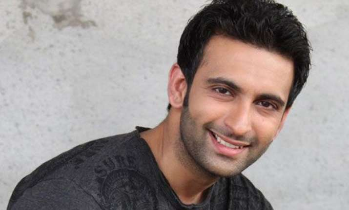 nandish sandhu wouldn t cheat on anyone says friend