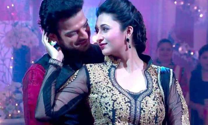 bhalla family dance their hearts out in romi s sangeet