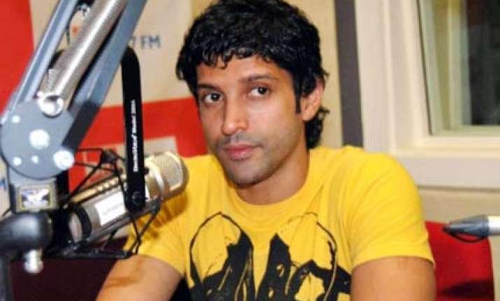 i have no aspirations to become a singer farhan akhtar
