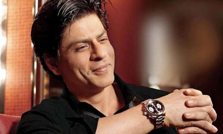 after facebook shah rukh takes to twitter to talk to fans
