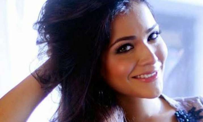 humaima malick happy to see indians welcoming talents from
