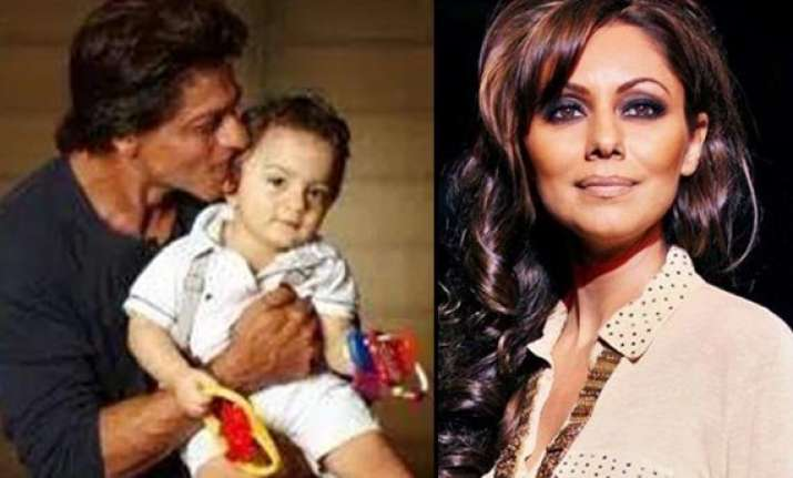 mother son duo gauri khan abram to feature in shah rukh s