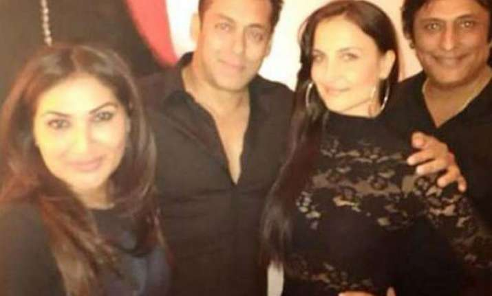 salman khan and elli avram spotted together in dubai