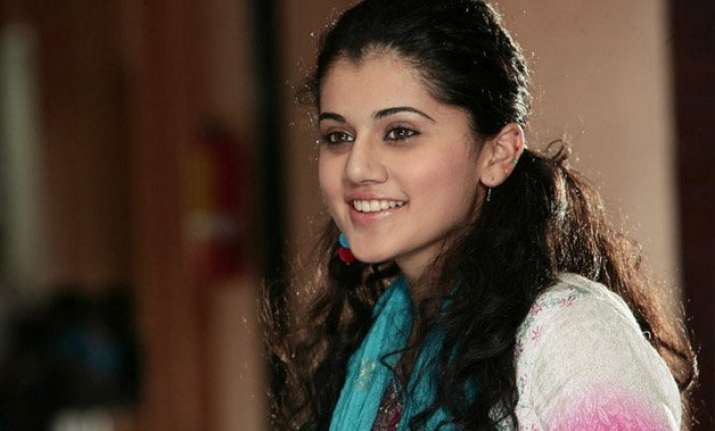 taapsee pannu is excited to work with amitabh bachchan