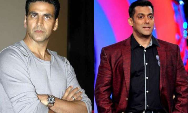 is akshay kumar co hosting bigg boss 9 with salman khan