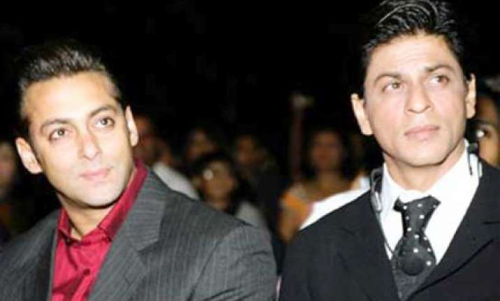 why make differences with srk a national issue asks salman