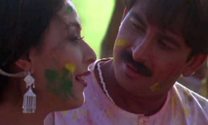 top 5 bhojpuri singers and their hit holi songs