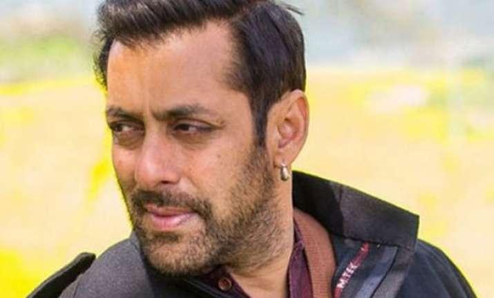 bajrangi bhaijaan salman khan shoots for a special song