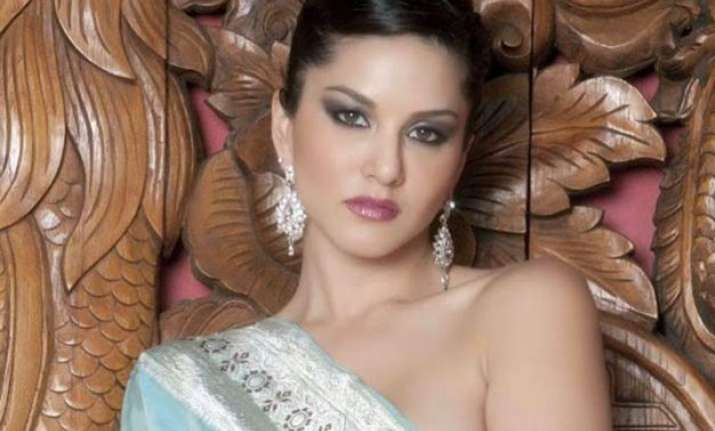 here is what sunny leone thinks about porn ban
