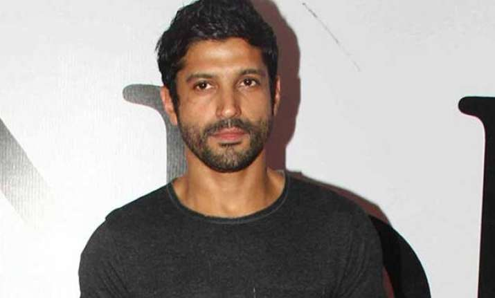 farhan akhtar to spread awareness about influenza