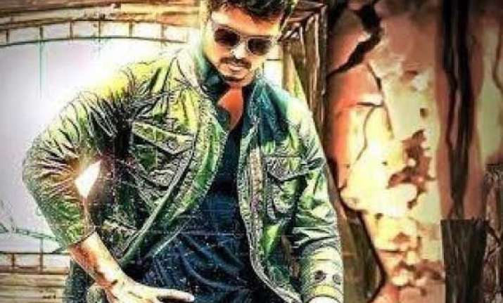telugu producers vie for kaththi remake rights