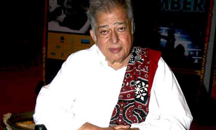 shashi kapoor receives lifetime achievement honour