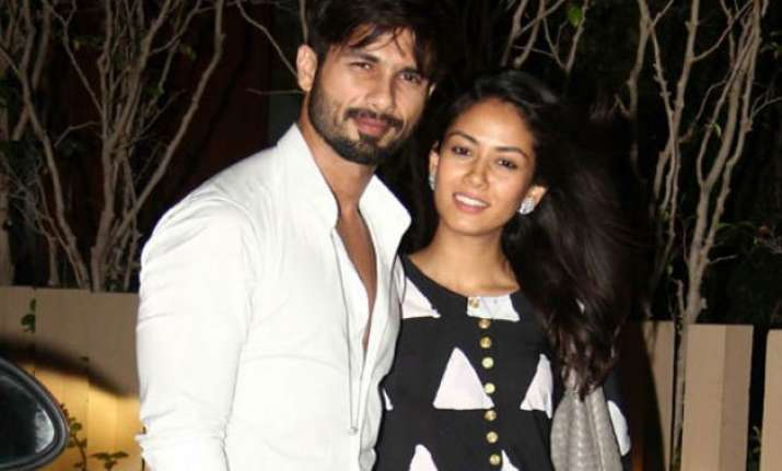 shahid kapoor accepts he won t do kissing scenes because of