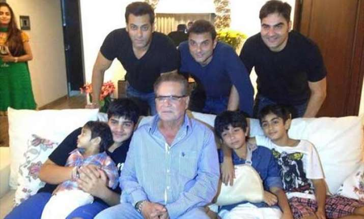 this is how salman khan spent sunday after getting relief
