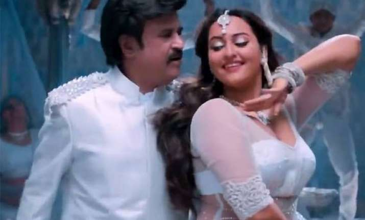 sonakshi sinha happy with response to lingaa