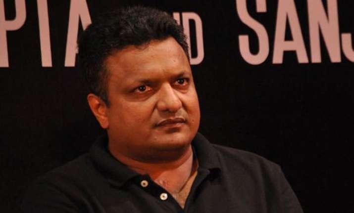 sanjay gupta gives break to aishwarya rai bachchan