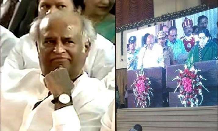 rajinikanth attends jayalalithaa s swearing in ceremony see