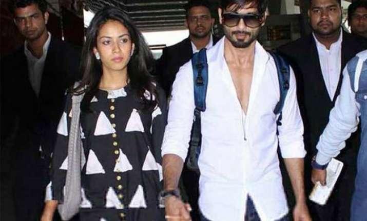 newlyweds shahid mira leaves for mumbai